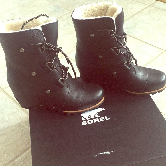 bef683ef605 Sorel Joan of Arctic wedge mid shearling boot